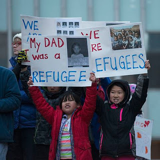 480px-protest_against_donald_trumps_refugee_ban_32600163936