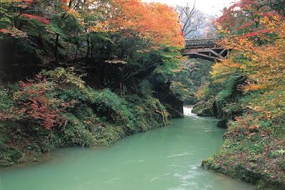 yamanaka-hot-springs