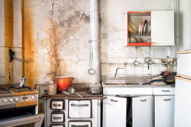abandoned-kitchen (1)